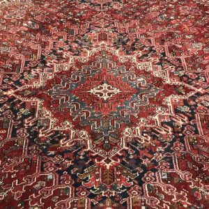 Heriz Azeri vintage rug 9 x 12 ft room size area carpet